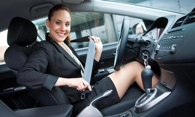 Ремень безопастности в автомобиле