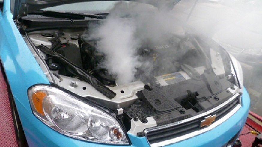 Фото - двигатель горит