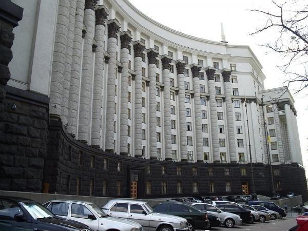 В РФ могут запретить заезд бензиновых авто накурорты