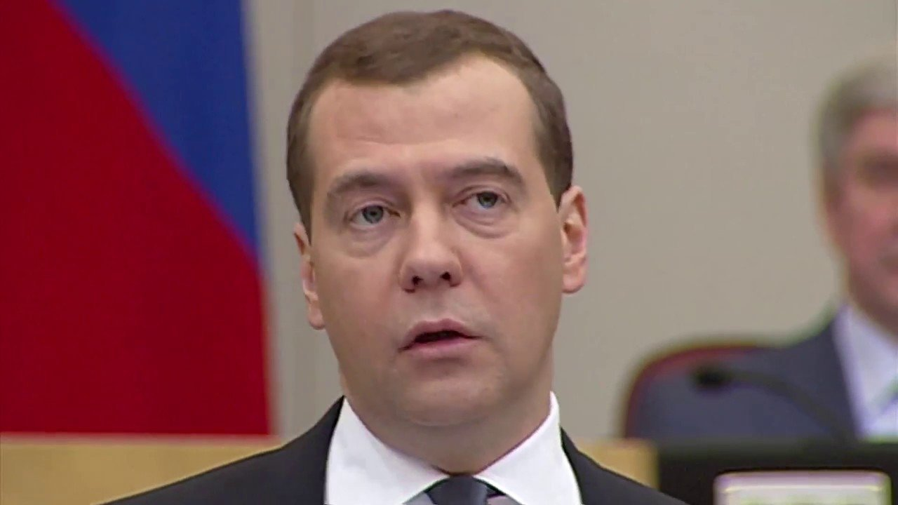Медведев заподозрил протестующих против «Платона» дальнобойщиков внежелании работать откровенно