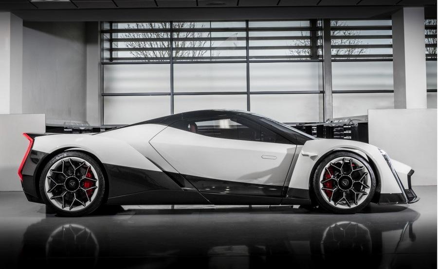 Компания изСингапура готова сделать самый производительный вмире спорткар